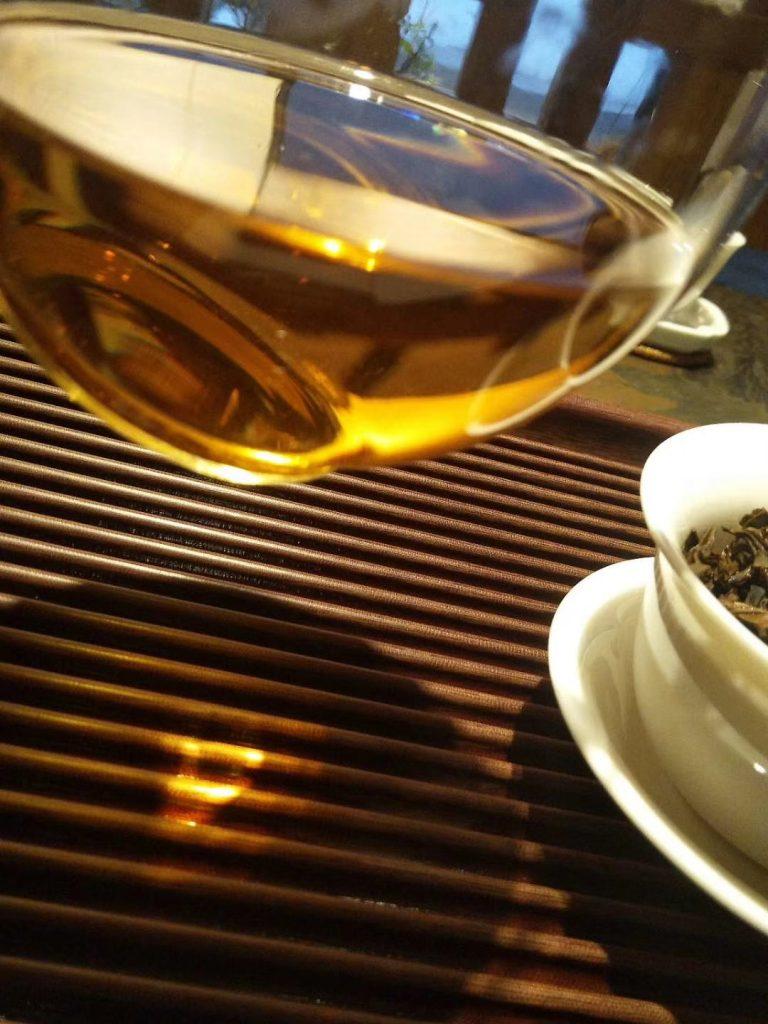 我有一杯茶足矣慰风尘