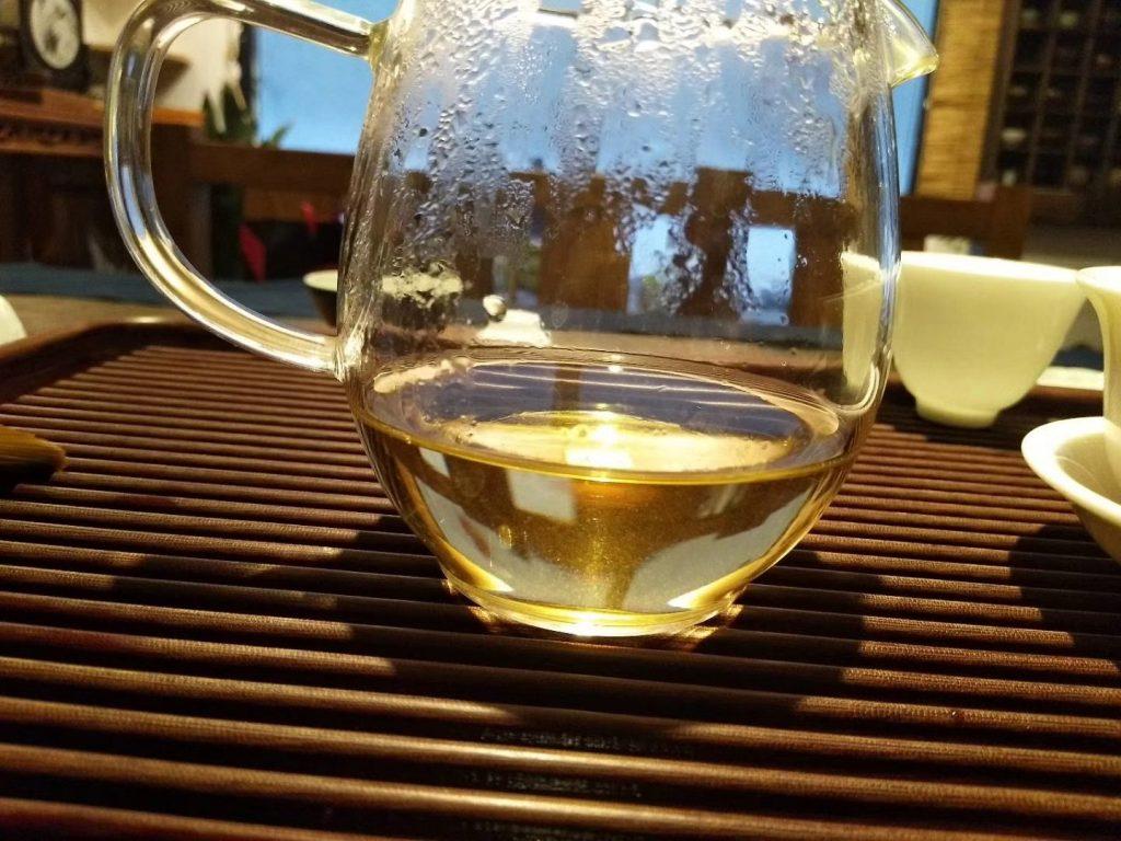 闲居,听雨,吃茶